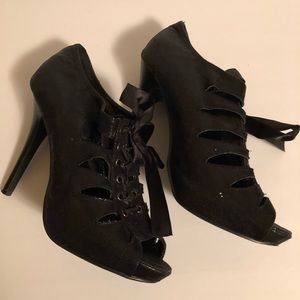 Preowned Charlotte Russe Shoes